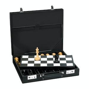 Black Hanover Chess Case In Saddle Hide