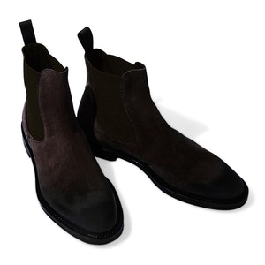 Black Suede Hunter Anthracite Chelsea Boots