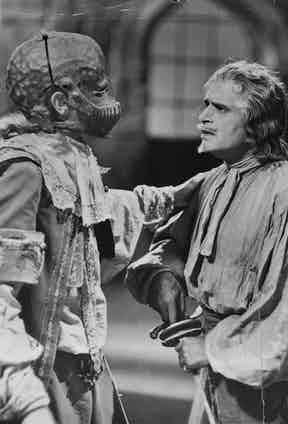 Fairbanks Sr in 'The Iron Mask' in 1929.