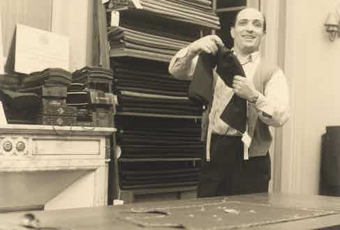 Mario De Luca, in his atelier in 1954.