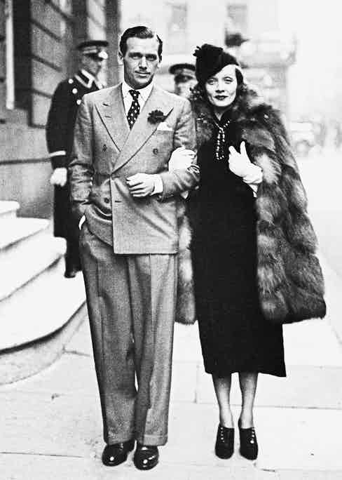 Dietrich with Douglas Fairbanks Jr in 1937.