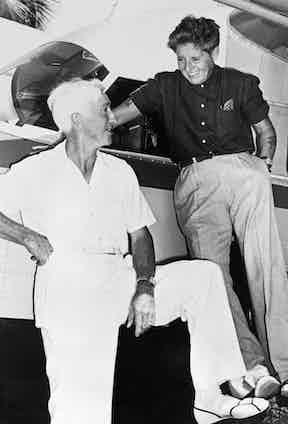 Joe 'Betty' Carstairs and Gar Wood at Miami Beach in 1944.