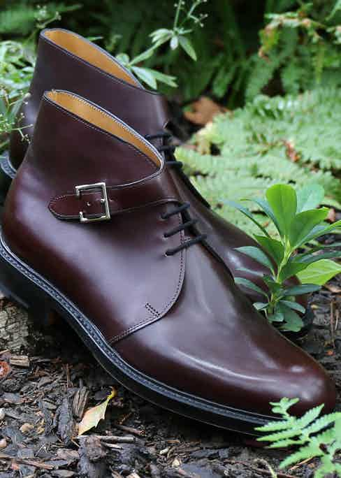 The single buckle on these John Lobb creations updates the classic chukka boot.