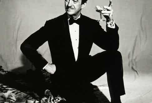 David Niven as Sir Charles Lytton, the urbane master jewel thief and titular 'Pink Panther'.