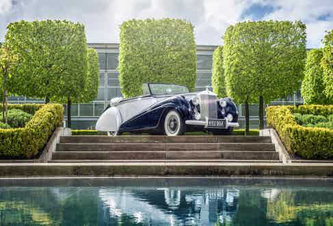 The new Rolls-Royce Dawn was inspired by the historic Silver Dawn. A rare series of 28 convertibles built between 1950 and 1954, Silver Dawn was the first car to be offered by Rolls-Royce with the option of a factory-built (as opposed to bespoke coach-built) body.