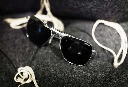 Randolph sunglasses are a scandalously underrated brand. Jeremy wears them because his father had a pair, and demonstrates his subtle stylish nous by including these as part of his ensemble.