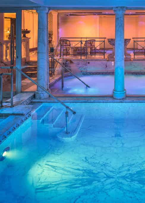 The Grand Spa jacuzzi