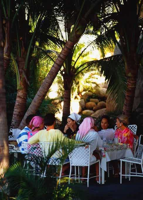 Film star Merle Oberon lunches with guests at her villa La Consentida, Acapulco (Photograph by Slim Aarons)