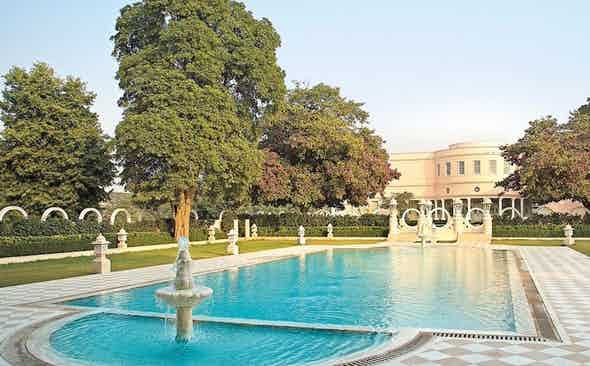 Indian Summers: Suján Rajmahal Palace Hotel