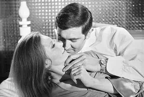 George Lazenby as James Bond in On Her Majesty's Secret Service with the ref. 6238 on his wrist (Image source: Christie's)