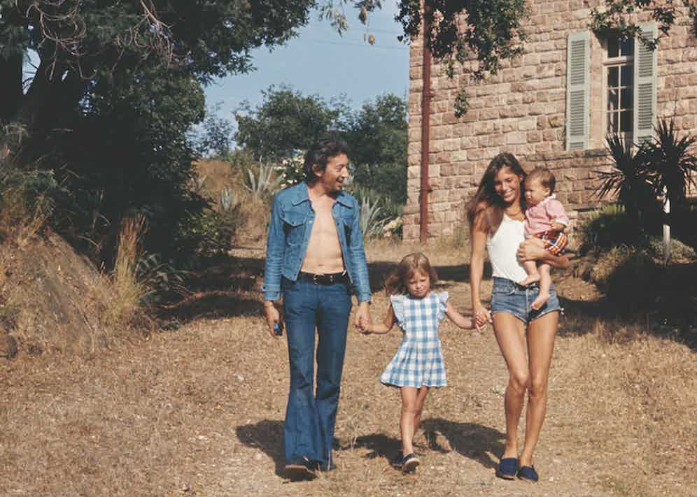 Serge Gainsbourg and Jane Birkin hold daughter Kate Barry's hand, and holds in her arms their daughter Charlotte, whilst on holiday in Saint-Tropez. Image by © James Andanson/Sygma/Corbis