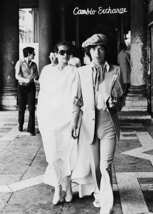 On their honeymoon in Venice, 1971. Photograph by Keystone/Hulton Archive/Getty Images.