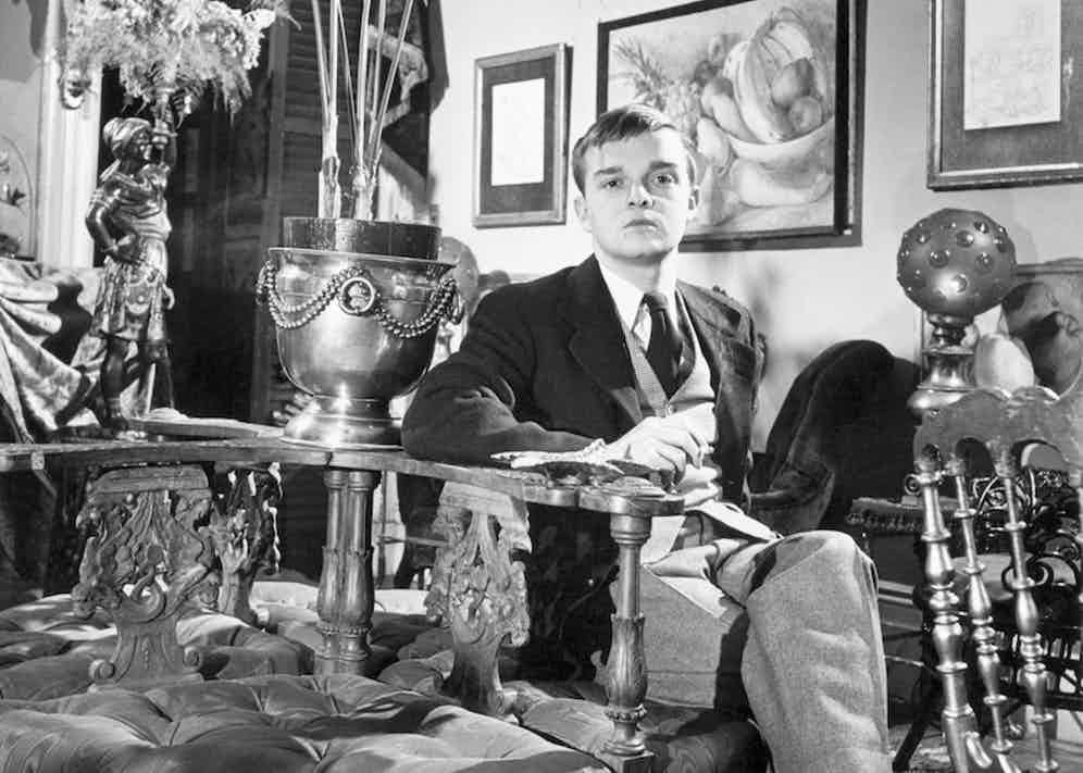 American author Truman Capote in his New York apartment, 1947. Image by © Jerry Cooke/Corbis.