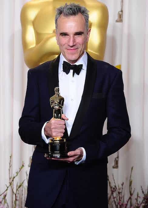 Daniel Day-Lewis with his oscar for Best Actor received for his role in Lincoln at the 85th Academy Awards at the Dolby Theatre, Los Angeles, 2013.