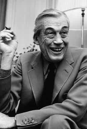 John Huston in his hotel suite at Claridges, London, 1966. (Photo by Fred Mott/Evening Standard/Getty Images)