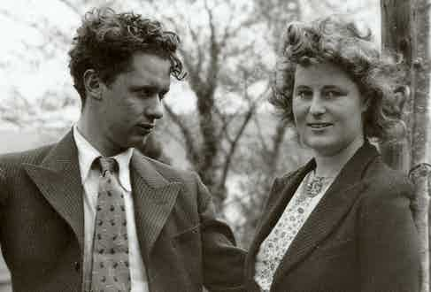 Dylan Thomas with wife Caitlin Thomas.
