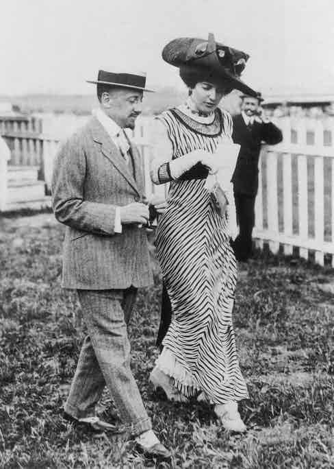 Ida Rubinstein and Gabriele D'Annunzio. Photo by Fine Art Images/Heritage Images/Getty Images.