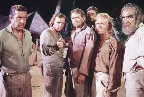 From left to right, actors Duncan Lamont, Richard Harris, Percy Herbert, Gordon Jackson and Hugh Griffith in the film 'Mutiny on the Bounty', 1962. Photo by Silver Screen Collection/Archive Photos/Getty Images.