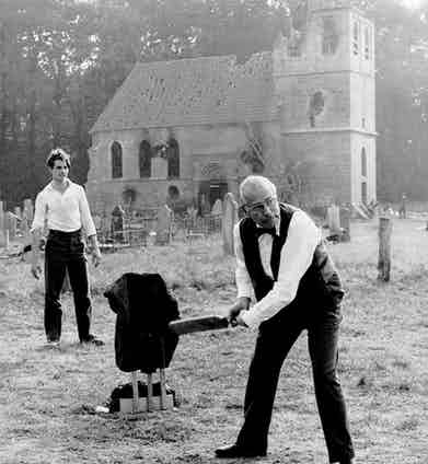 HCC Member Laurence Olivier playing cricket.