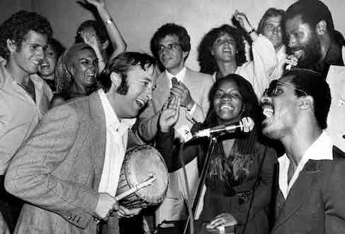 Stevie Wonder with Stephen Stills, Stephanie Mills and Teddy Pendergrass at Studio 54, 1977.