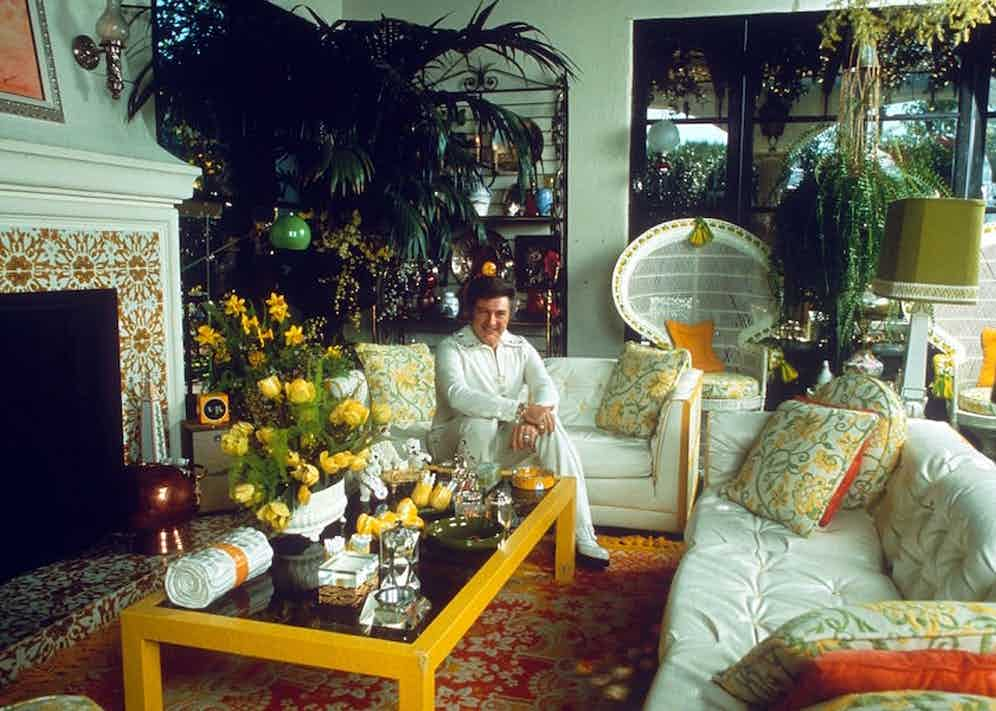 Liberace at home. Photo by Globe Photos Inc/REX/Shutterstock.