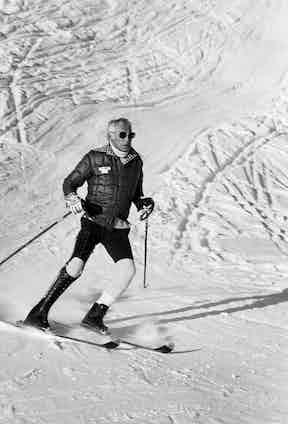 Gianni Agnelli skiing in St Moritz, 1976.