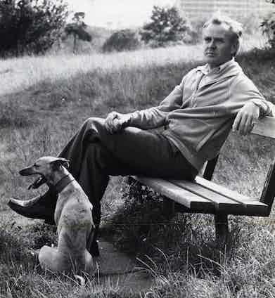 John le Carre on Hampstead Heath. Photo by Monty Fresco/Daily Mail/REX/Shutterstock.