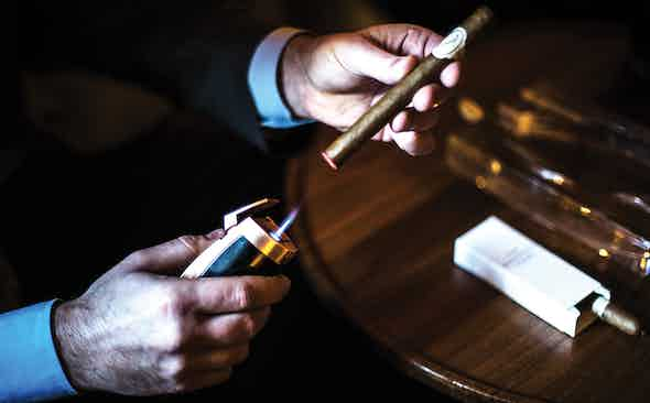 Holy Smokes: How To Enjoy Your First Cigar