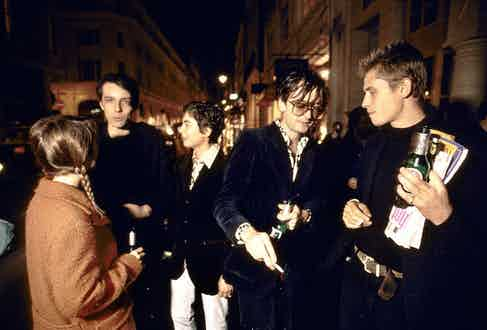 Jarvis Cocker and friends at opening of Angus Fairweather's show at Jay Joplin Gallery. Photo by Alamy.
