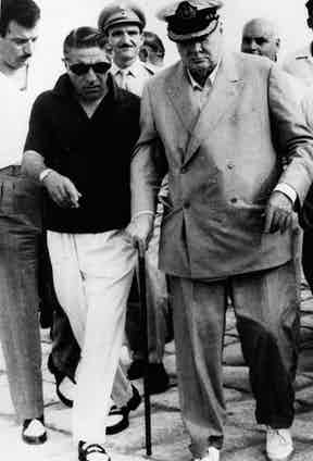 Aristotle Onassis, left, and Winston Churchill in 1963. Photo by Alamy.