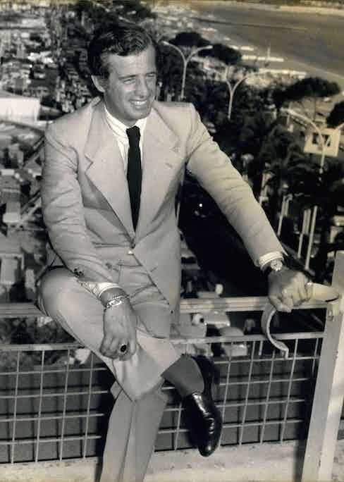 Jean-Paul Belmondo at Nice Airport, 1974. Photo by Alamy.