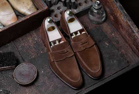 Crockett's SS17 Cadogan penny loafer in tobacco calf leather.