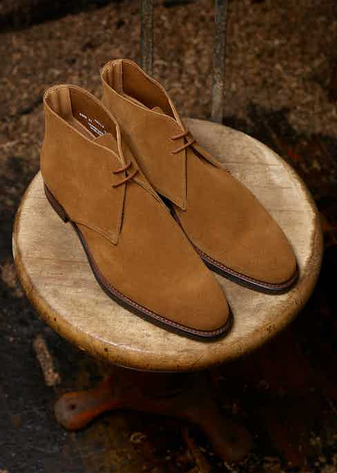 The Hayle chukka boot in camel suede.