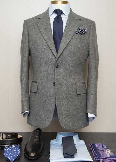 A single-breasted jacket by English Cut.
