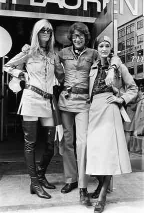 Yves Saint Laurent outside his New Bond Street store with muses Louise de La Falaise Loulou and Betty Catroux in 1969.