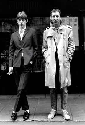 Paul Weller and Pete Townshend in the Soho, London, 1980. Photo by Janette Beckman/Getty Images.