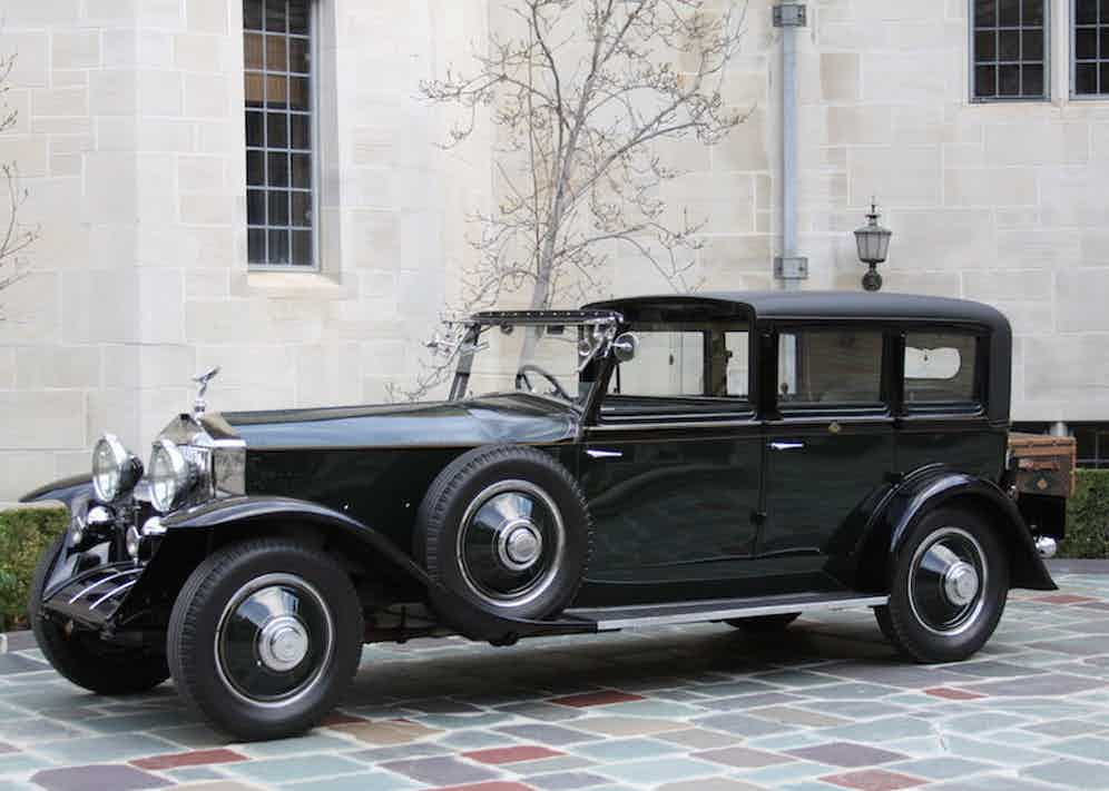 The Phantom's coachwork was executed by Hooper in a colour known as Brewster Green.