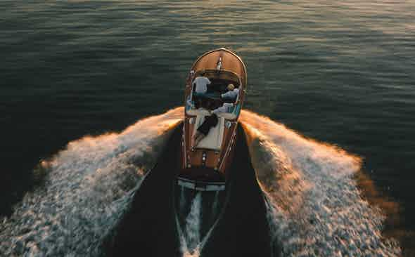 The Impractical Choice: Riva Ariston 576