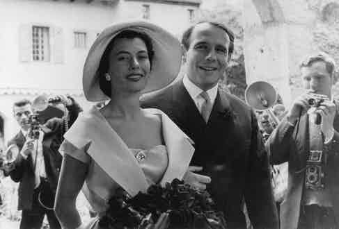 Nina Dyer on her wedding day with Prince Sadruddin Aga Khan in Collonges, France in 1957. (Photo by ullstein bild/Getty Images)
