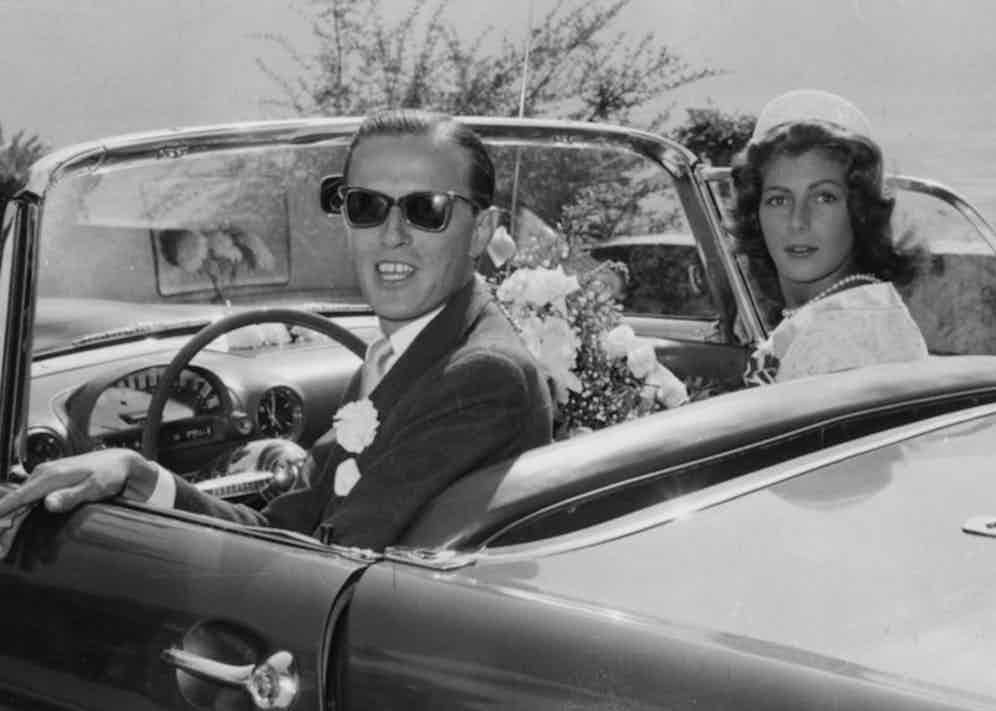 Baron Heinrich and Fiona begin their honeymoon in Lugano, 1956. Photo by Keystone/Hulton Archive/Getty Images.