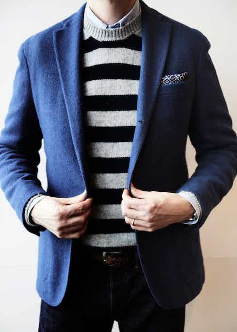 This Boglioli jacket paired with the striped crew-neck sweater from Connolly take nothing away from each other and define the era of subtle luxury. The three-roll-two button formation on the jacket is a nifty tailoring touch.