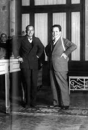 Douglas Fairbanks Sr with Roman-based tailor Domenico Caraceni, whom it was said inspired Vincenzo Attolini with the 'soft lines' of his suits. Photo sourced by Irenebrination.com.