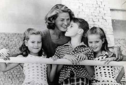 With her children Isotta, Isabella & Robertino Rossellini.