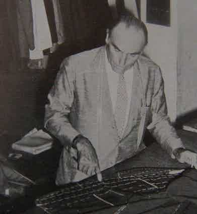 Vincenzo Attolini in his workshop, circa 1930s. Photo sourced by Irenebrination.com.
