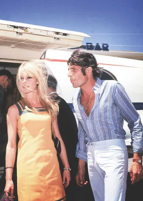 The couple arriving in Las Vegas, where they would get married, in 1966.