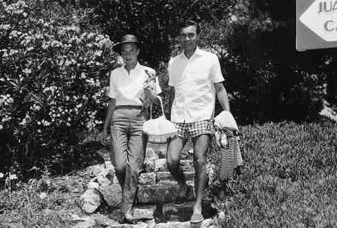Porfirio Rubirosa With His Fifth Wife Actress Odile Rodin At Edeu Roc Hotel, 1957. Photo by Daily Mail/REX/Shutterstock.