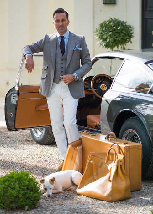 An outfit of separates is useful for travelling in style, especially if the garments can be mixed and matched.