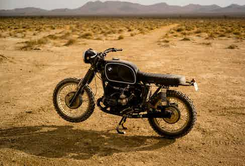 The R 75/5 at rest in its natural habitat of the desert.