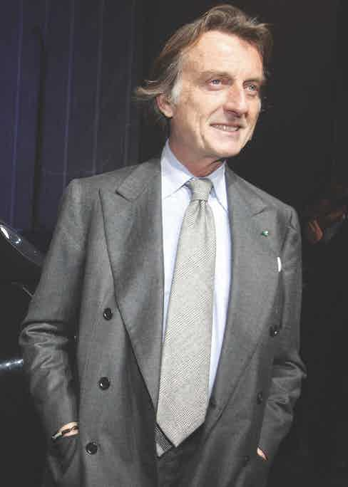 Luca di Montezemolo wears his 6x2 transformable DB completely unbuttoned, in a similar fashion to how his fore-bearerer, Gianni Agnelli, would.