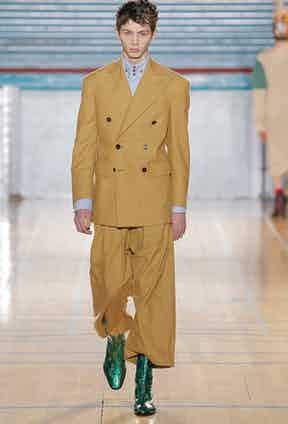 A two-piece suit on the runway at Vivienne Westwood's autumn-winter 2017/18 show.